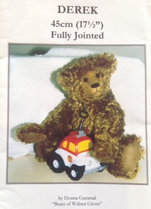 Derek 17 1/2 inch Teddy Bear Pattern